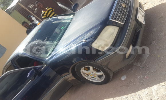 Buy Used Toyota Crown Black Car in Hargeysa in Somaliland