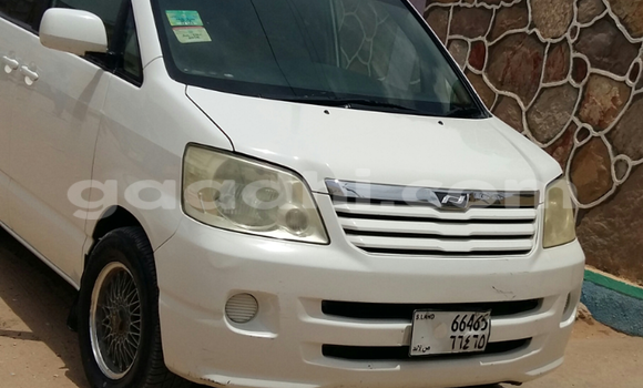 Buy Used Toyota Noah White Car in Hargeysa in Somaliland