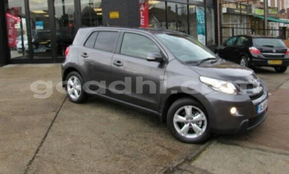 Buy Used Toyota Vitz Black Car in Hargeysa in Somaliland
