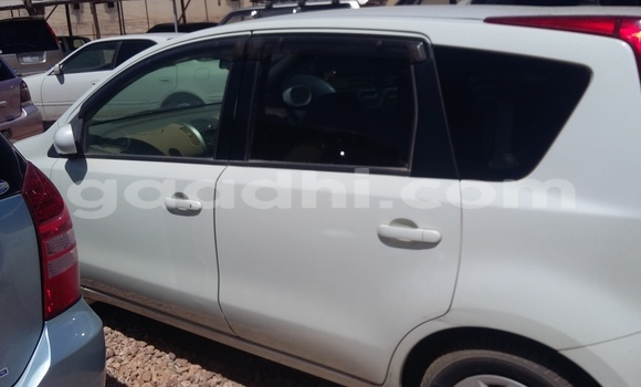 Buy Used Nissan Note White Car in Mogadishu in Somalia