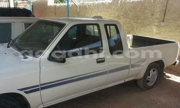 Buy Used Toyota Pickup White Car in Mogadishu in Somalia