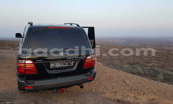 Buy Used Toyota Land Cruiser Black Car in Hargeysa in Somaliland