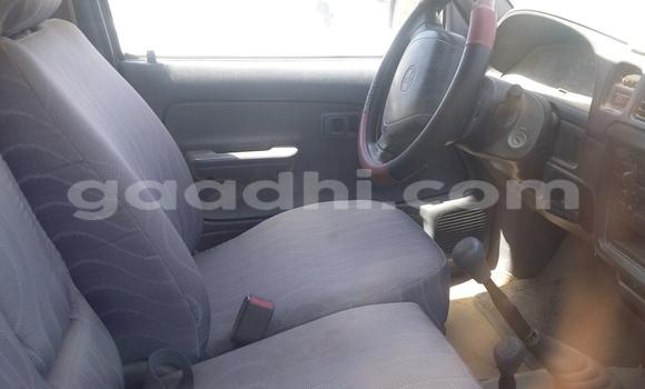 Buy Used Mitsubishi L200 White Car in Mogadishu in Somalia