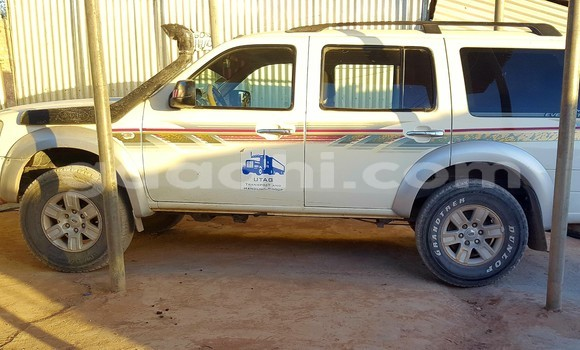 Buy Used Ford Ranger White Car in Hargeysa in Somaliland