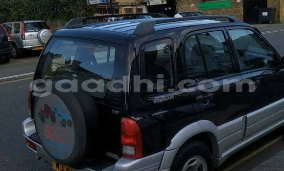 Buy Used Suzuki Vitara Black Car in Mogadishu in Somalia