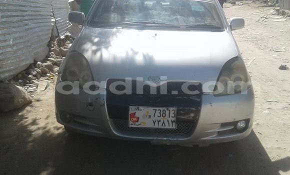 Buy Used Toyota Platz Silver Car in Mogadishu in Somalia