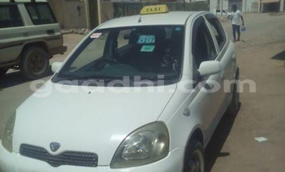 Buy Used Toyota Vitz White Car in Mogadishu in Somalia