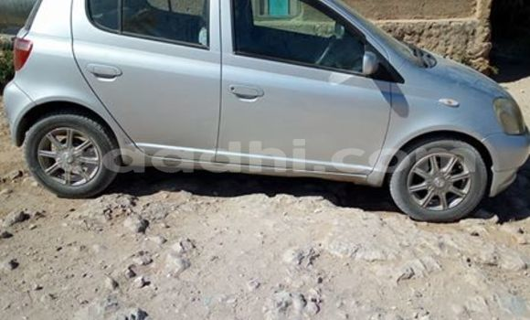 Buy Used Toyota Vitz Silver Car in Mogadishu in Somalia