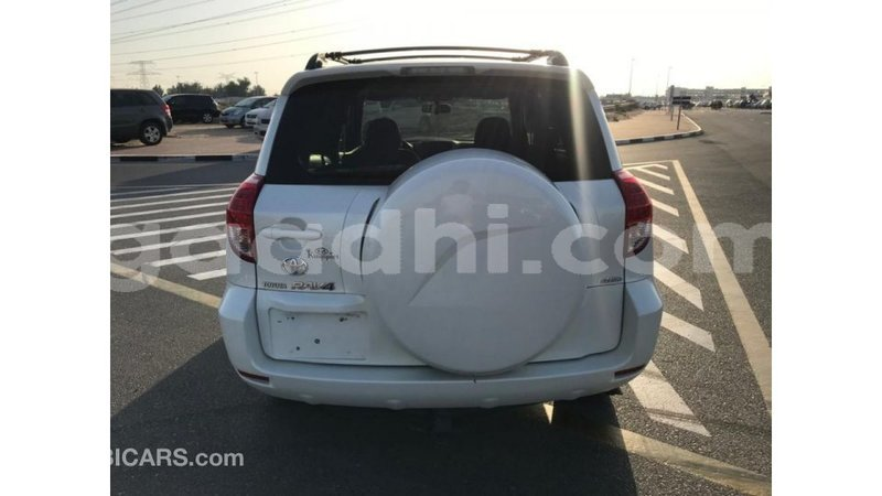 Big with watermark toyota hiace somalia import dubai 3208