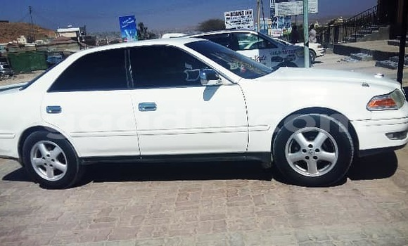 Buy Used Toyota Camry White Car in Hargeysa in Somaliland