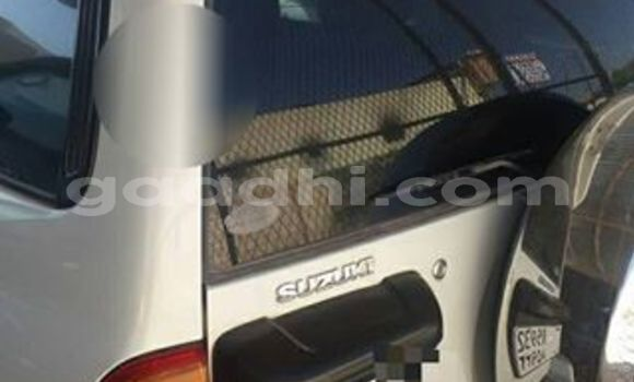 Buy Used Suzuki Grand Vitara White Car in Hargeysa in Somaliland