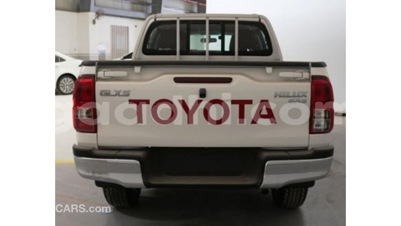 Big with watermark toyota hilux somalia import dubai 3484