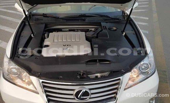 Buy Import Lexus ES White Car in Import - Dubai in Somalia