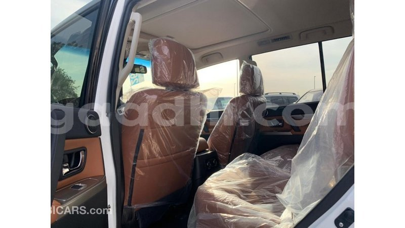 Big with watermark mitsubishi pajero somalia import dubai 4244