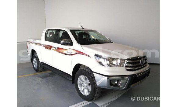 Buy Import Toyota Hilux White Car in Import - Dubai in Somalia