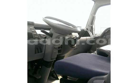 Buy Import Mitsubishi L400 White Truck in Import - Dubai in Somalia
