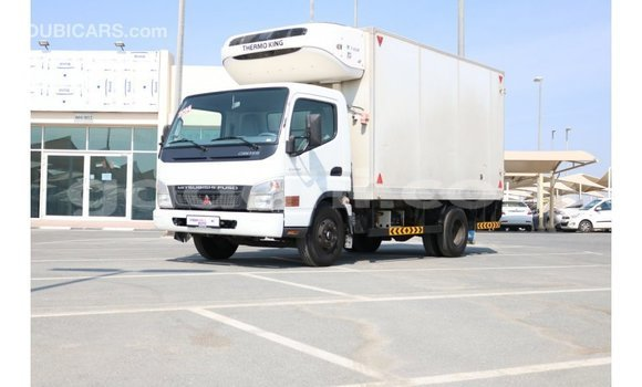 Buy Import Mitsubishi L400 White Truck in Import - Dubai in Somalia