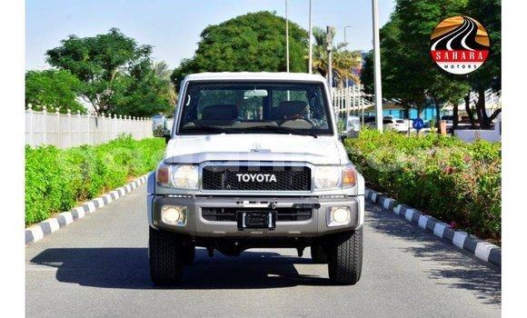 Medium with watermark toyota land cruiser somalia import dubai 4649