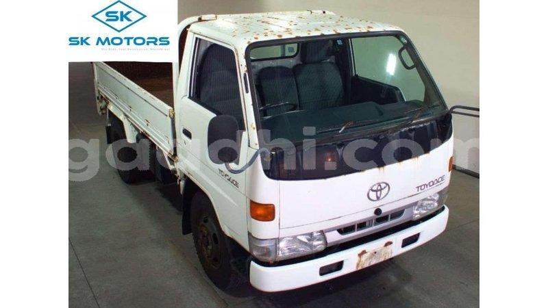 Big with watermark toyota dyna somalia import dubai 5026