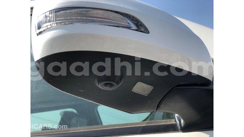 Big with watermark toyota land cruiser somalia import dubai 5330
