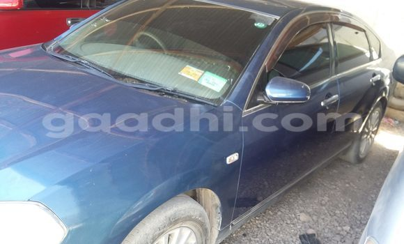 Buy Used Nissan 350Z Blue Car in Hargeysa in Somaliland