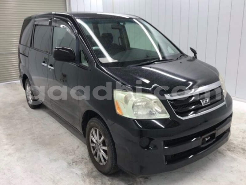 Big with watermark toyota noah somalia mogadishu 5428