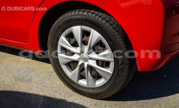 Acheter Importé Voiture Toyota Yaris Rouge à Import - Dubai, Somalie