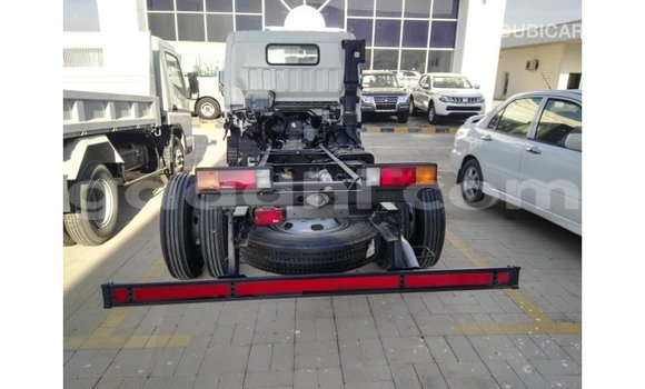 Acheter Importé Voiture Mitsubishi i Blanc à Import - Dubai, Somalie