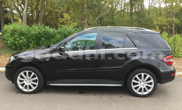 Buy Used Mercedes-Benz ML–Class Black Car in Mogadishu in Somalia