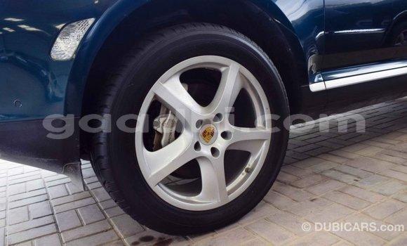 Buy Import Porsche Cayenne Green Car in Import - Dubai in Somalia
