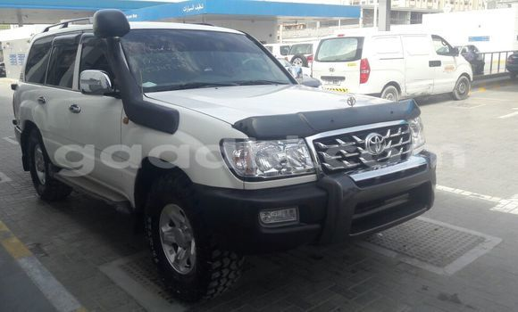 Buy New Toyota Land Cruiser Black Car in Mogadishu in Somalia