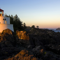 Medium lighthouse